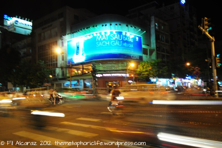 Travel Tales: A Ho Chi Minh City Walking Tour (plus some travel tips)