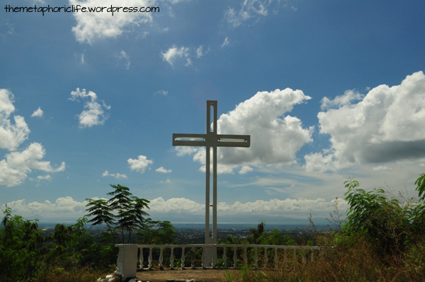 The Cross overlooks the City of Zamboanga, the Great and Little Sta. Cruz Islands, and even the mountains of Basilan beyond.