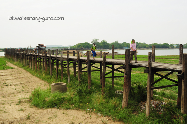 U Bein Bridge in Amarapura. No fees here.